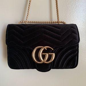 New Gucci GG Marmot Velvet Mini Bag ibyaowy